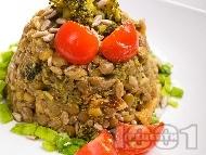Топла салата от леща с броколи и пармезан
